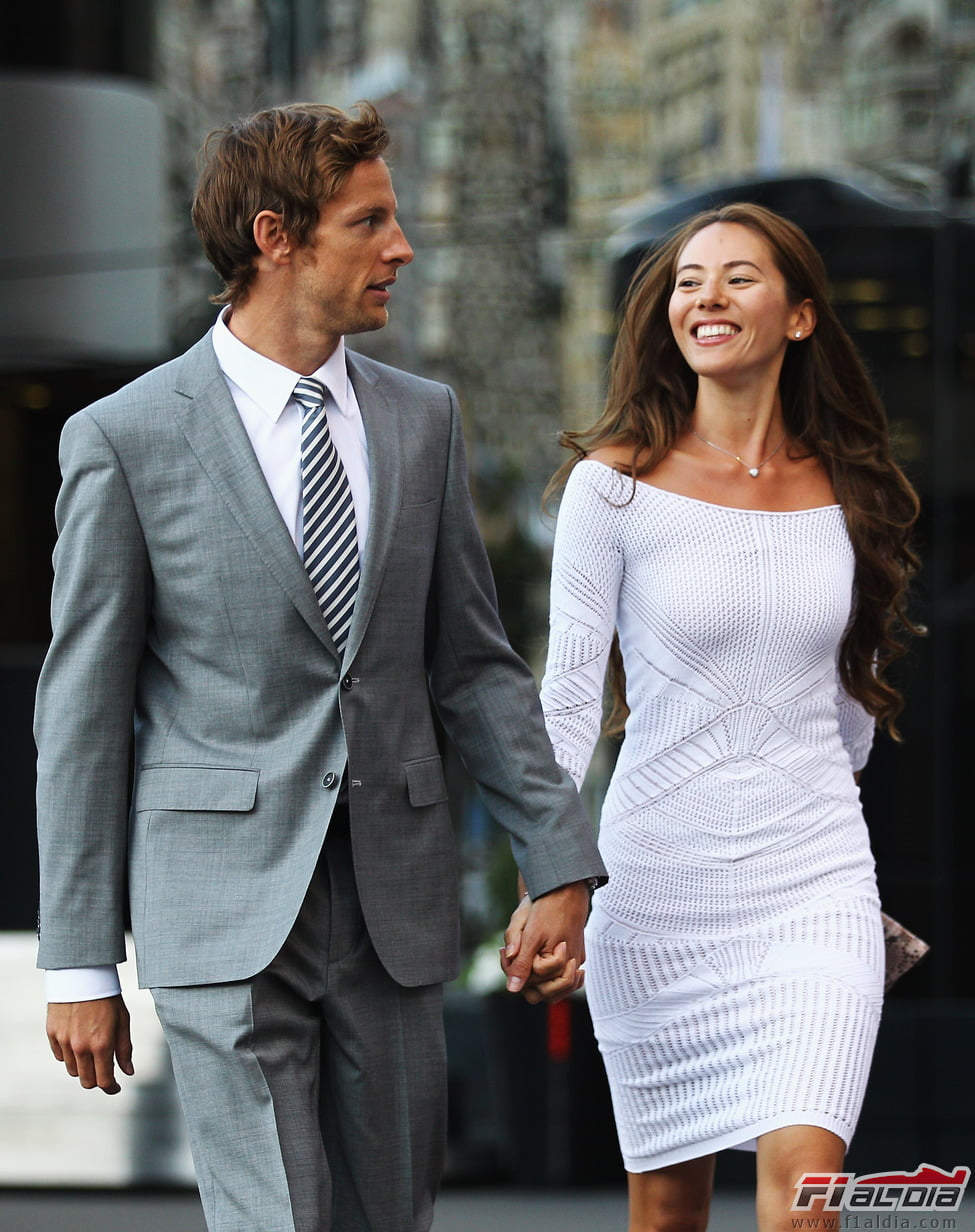 Jessica Michibata- F1 Jenson Button's girlfriend
