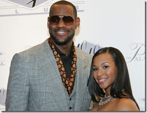 lebron-james-savannah-brinson