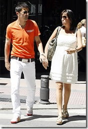 David Villa With Wife Pic