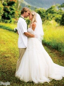 Adam Dirks Bethany Hamilton wedding pic