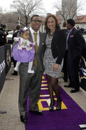 Family photo of the American Football player, engaged to Janay Palmer, famous for Baltimore Ravens.