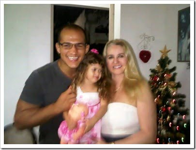 Visana-Piccozi-Junior-Dos-Santos-Wife image