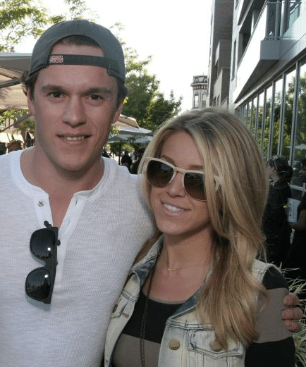 Lindsey Vecchione- Chicago Blackhawks' Jonathan Toews' Girlfriend