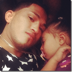 anthony pettis pic with baby girl