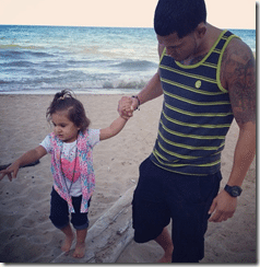 anthony pettis pic with daughter