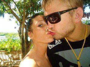 Amanda Bianchi Alexander Gustafsson girlfriend picture