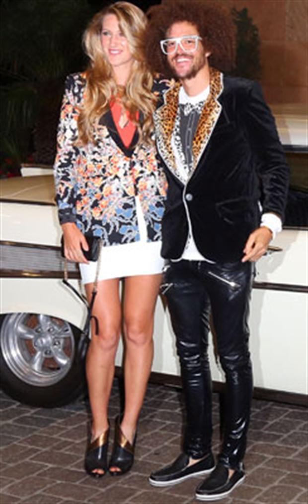 lmfao and azarenka dating Biography of redfoo with of the musical couple lmfao redfoo created the couple with his nephew sky blu but he dated tennis player victoria azarenka.