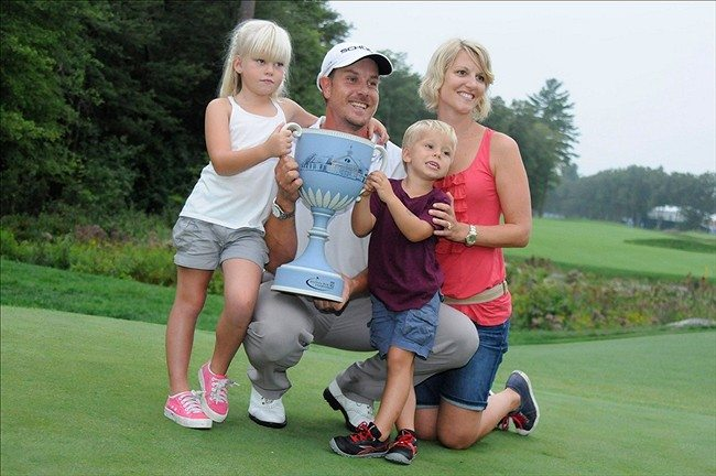 Photo of Henrik Stenson & his  Daughter  Lisa Stenson