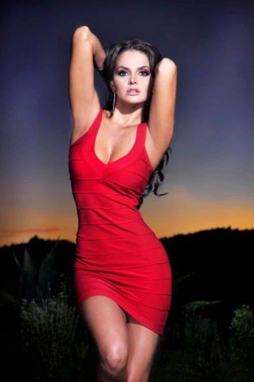 cynthia rodriguez is mexican boxer canelo alvarez girlfriend photos