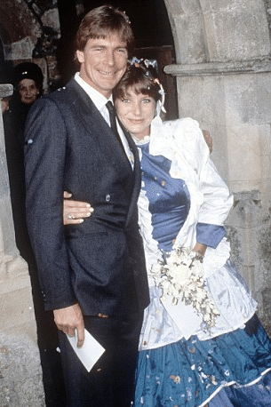 Suzy Miller And Sarah Lomax James Hunts Ex Wives Bio Wiki