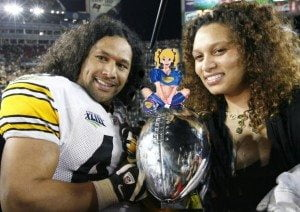 troy -polamalu-wife Theodora