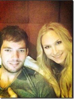 F1 driver sean edwards girlfriend laura isabelle pics