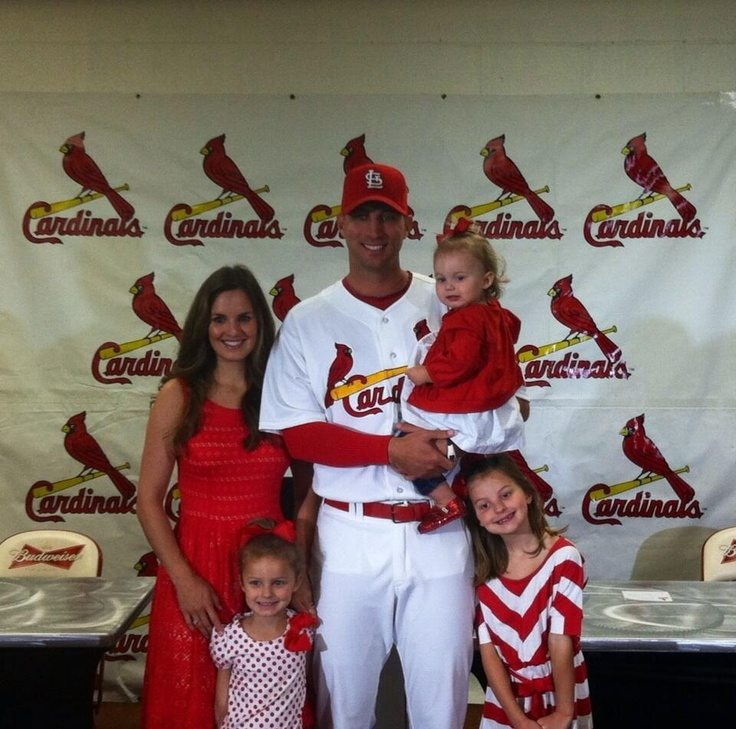 Photo of Adam Wainwright & his  Daughter  Macy Wainwright