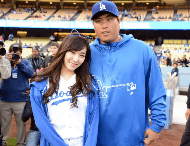 are dodger and strippin still dating Get the full los angeles dodgers (mlb) game schedule, tv listings, news and more at tvguidecom.
