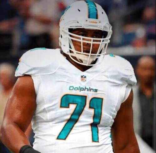 Who is Miami Dolphins offensive tackle Jonathan Martin's girlfriend?