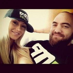 Travis Browne girlfriend jenna Renee images