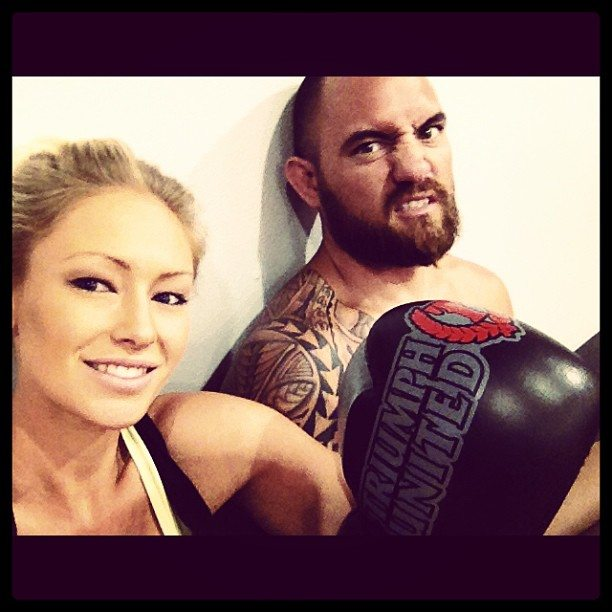Travis browne dating rousey 1