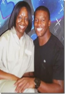 Demaryius-Thomas-and-mother