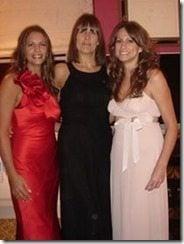 Jenson Button sisters pic