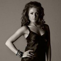 Romina Lombardo Foster Arian Foster Wife Photo2 200x200