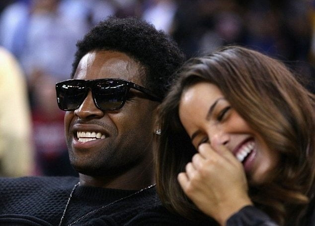 Who is SF 49Ers Michael Crabtree's girlfriend?