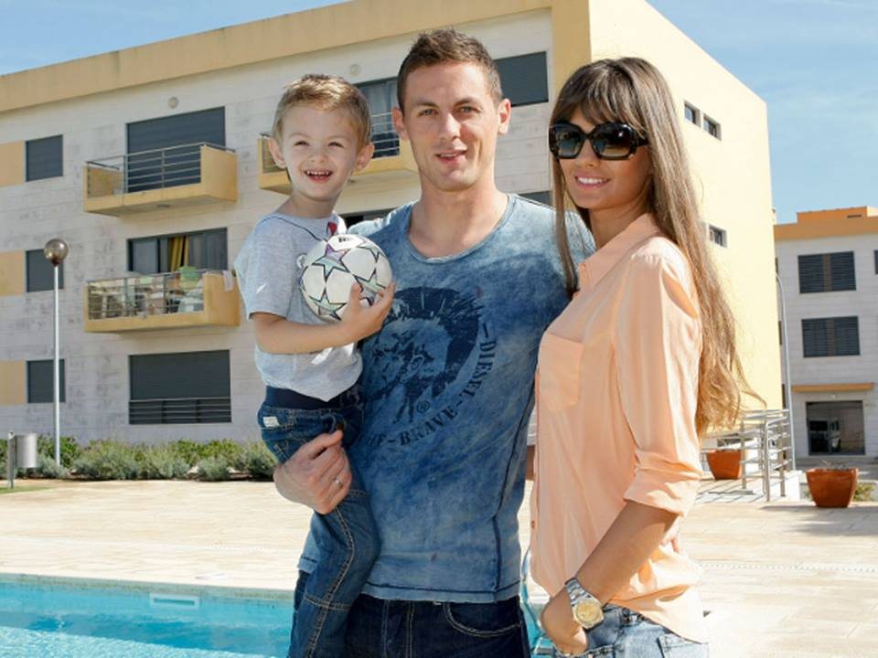 Family photo of the football player, married to Aleksandra Pavic, famous for  Chelsea & Benfica.