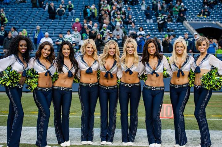 Video Seattle Seahawks Cheerleaders Quot The Sea Gals Quot Photos