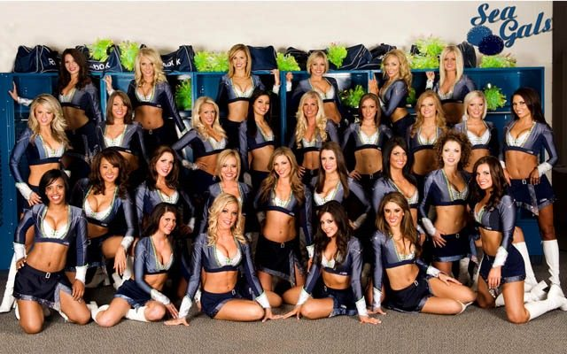 Seattle Seahawks Cheerleaders The Sea Gals (PHOTOS)