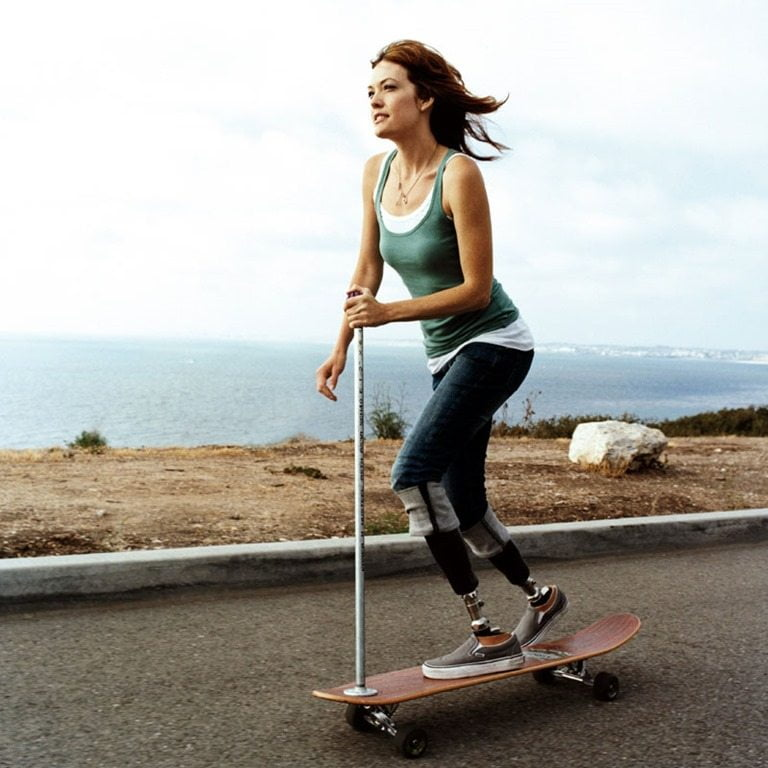 Double-amputee Snowboarder Amy Purdy's