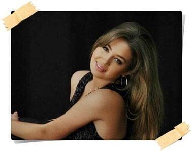 Paula Kalini Milos Bio