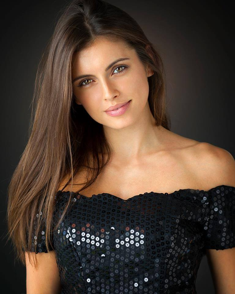 Attracting a Girl with a Boyfriend  A Guide for Guys