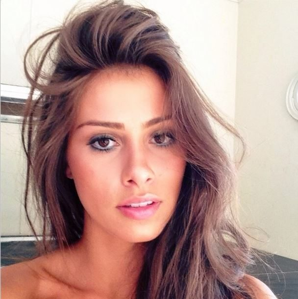 joinville spanish girl personals 9780962392108 0962392103 looking for love through the personals, judy knoll spanish house inc 9780802712127 0802712126.