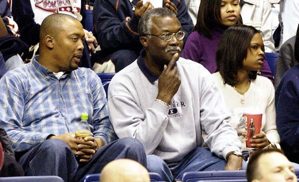 Lesley West - NBA Player David West's wife (Bio, Wiki)