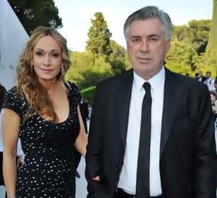 Have you met Real Madrid Coach Carlo Ancelotti's girlfriend? no, not Luisa, that is his ex-wife and not Marine Cretu either that is his ex-girlfriend, Ancelotti is currently dating a stunning blonde identified as Mariann Barrena McClay.
