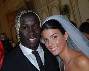 Arsenal player Bacary Sagna became the man of the match against Hull FC, this could have been the last match Sagna plays with Arsenal as rumors about his probably moved to Manchester are going strong, so this means Arsenal will not only be saying goodbye to one of their greatest players, but also to one of their hottest WAGs, Sagna's stunning wife Ludivine Kadri Sagna, would you like to meet her? #arsenawags #bacarysagna #ludivinekadrisagna @fabwags