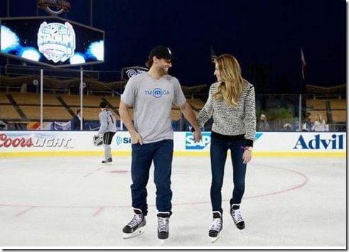 Erin Andrews – NHL Player Jarret Stoll's Girlfriend