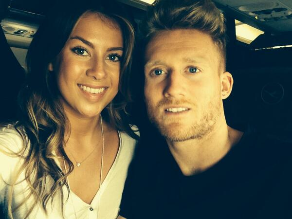 Andre schurrle girlfriend Montana yorke pic