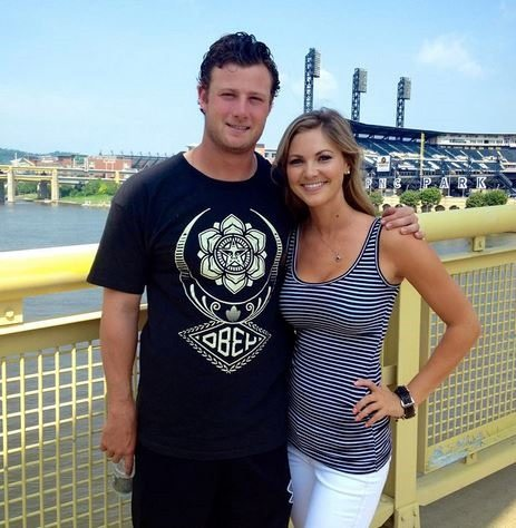 Amy Crawford: Pirates Pitcher Gerrit Cole's Girlfriend (bio, wiki ...