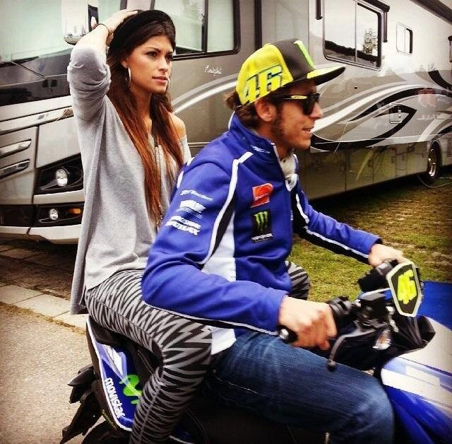 Linda Morselli: Motorcycle racer Valentino Rossi's Girlfriend (Bio, Wiki)