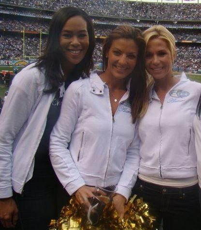 S Ray Football Nicole Leaf: Former NF...
