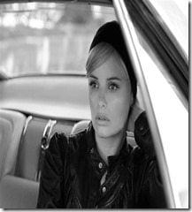 Ricki Noel Lander Model pic