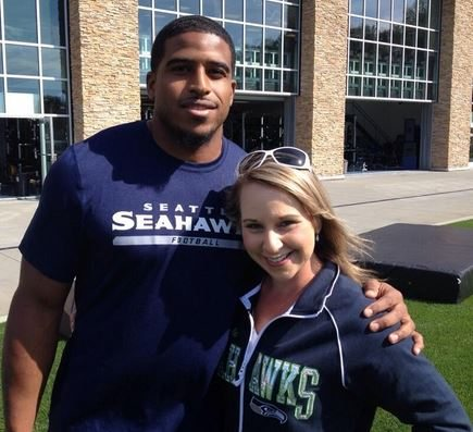 Who Is Nfl Player Bobby Wagner S Girlfriend