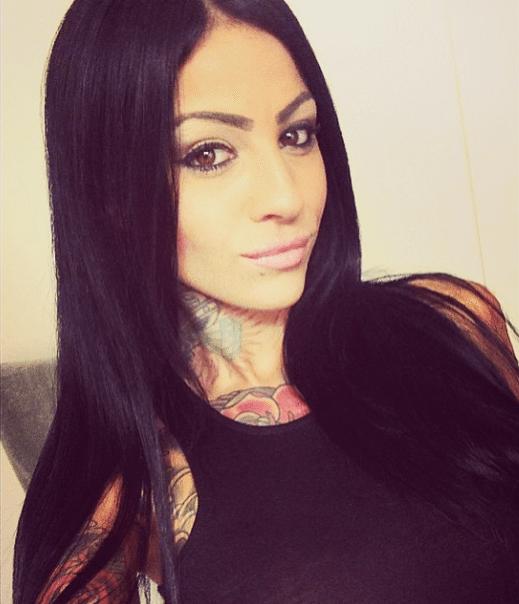 nude Zahra Schreiber (99 foto) Porno, Twitter, cleavage