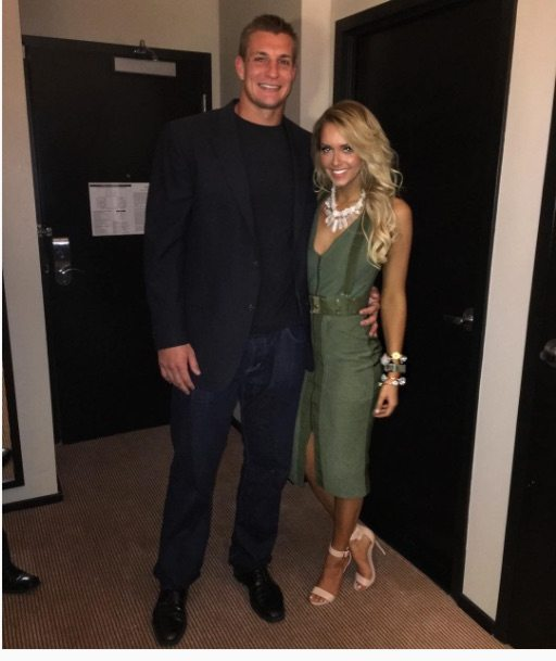 Camille Kostek Facts: Camille Kostek Rob Gronkowski's Cheerleader Girlfriend
