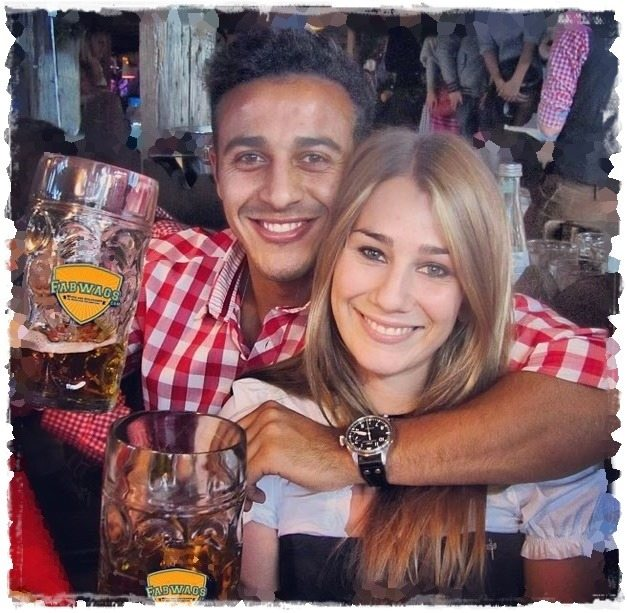 Julia Vigas: Soccer Player Thiago Alcantara's Girlfriend