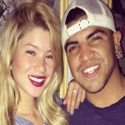 Angela Vargas is Boxer Victor Ortiz Girlfriend