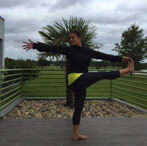 Lauren Mirra yoga pic