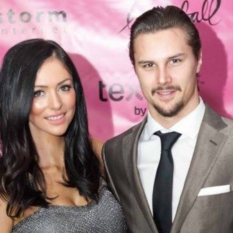 Melinda Currey NHL Erik Karlsson's Girlfriend