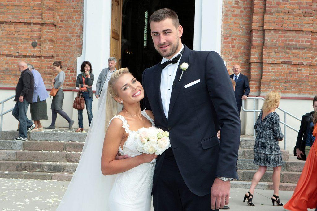 Egle Acaite NBA Jonas Valanciunas' Wife (Bio, Wiki)