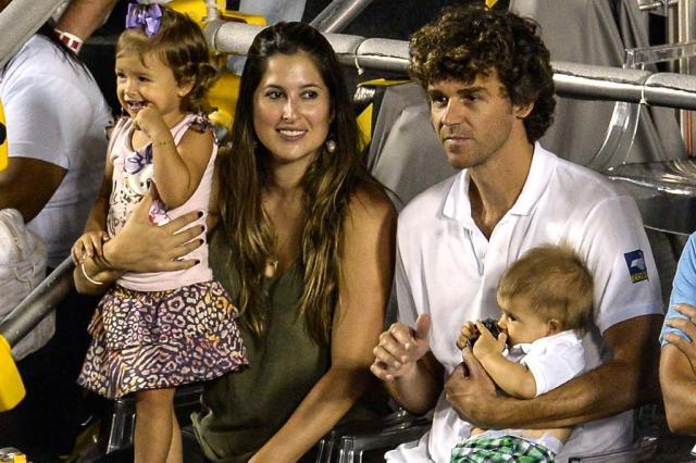 Gustavo Kuerten wife Mariana Soncini children